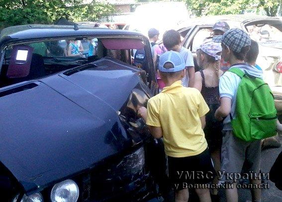 Для дітей волинські правоохоронці провели екскурсію райвідділом  (+ФОТО) (фото) - фото 5