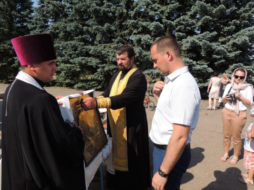 Николаевские священники прилетели в Снигиревку, чтобы помолиться за мир в стране (ФОТО) (фото) - фото 3