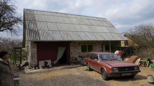 Власти запрещают гродненке реконструировать старый дом из-за генплана (фото) - фото 1