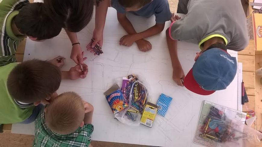 Наймолодші львів'яни зі Збоїщ створюють макет свого району (ФОТОРЕПОРТАЖ) (фото) - фото 1