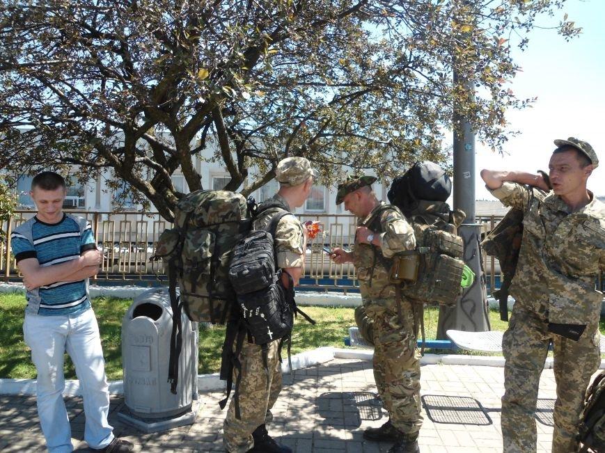 До Львова повернулися воїни, які захищали країну у зоні бойових дій (ФОТО) (фото) - фото 1