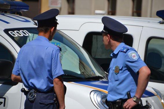 Реформа міліції на Львівщині: перший пішов (фото) - фото 1