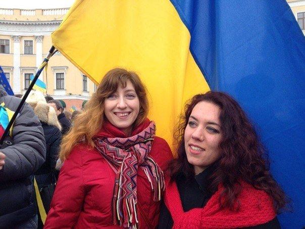 Общественница Виктория Сибирь – человек, меняющий Одессу:  «бандеровка»,  «хунта», «карательница» с Дерибасовской (фото) - фото 17