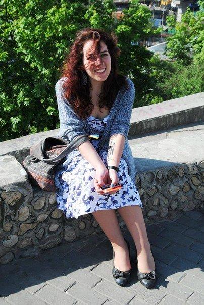 Общественница Виктория Сибирь – человек, меняющий Одессу:  «бандеровка»,  «хунта», «карательница» с Дерибасовской (фото) - фото 5