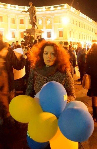 Общественница Виктория Сибирь – человек, меняющий Одессу:  «бандеровка»,  «хунта», «карательница» с Дерибасовской (фото) - фото 7