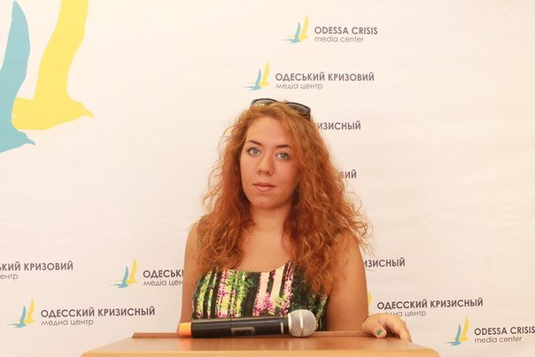 Общественница Виктория Сибирь – человек, меняющий Одессу:  «бандеровка»,  «хунта», «карательница» с Дерибасовской (фото) - фото 4