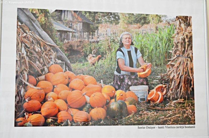 У Чернівцях свої світлини презентувати румунські фотографи (ФОТО) (фото) - фото 4
