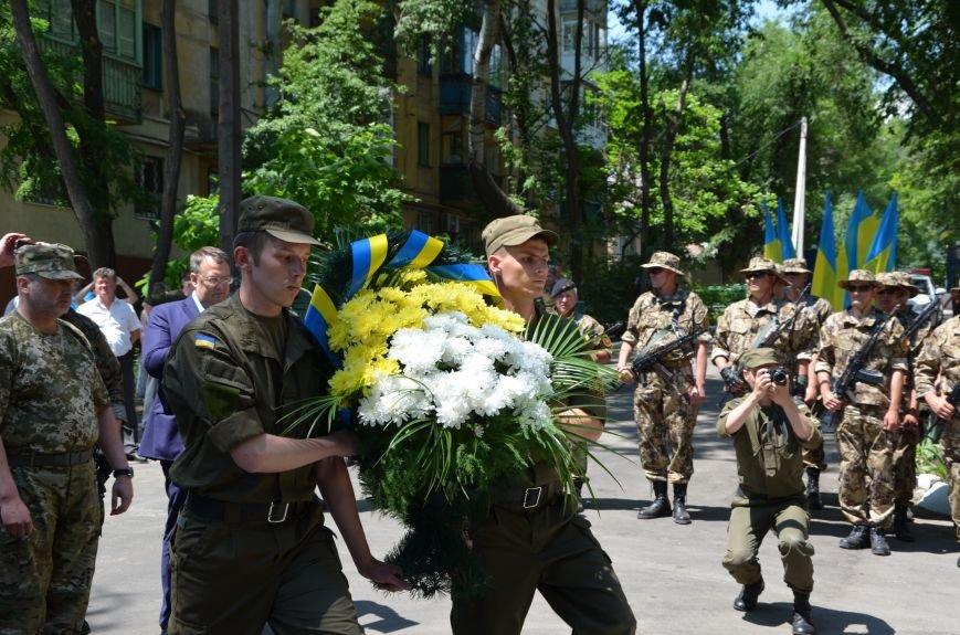 В Мариуполе открыли памятник героям, защитившим воинскую часть №3057 весной 2014-го (ФОТО), фото-14