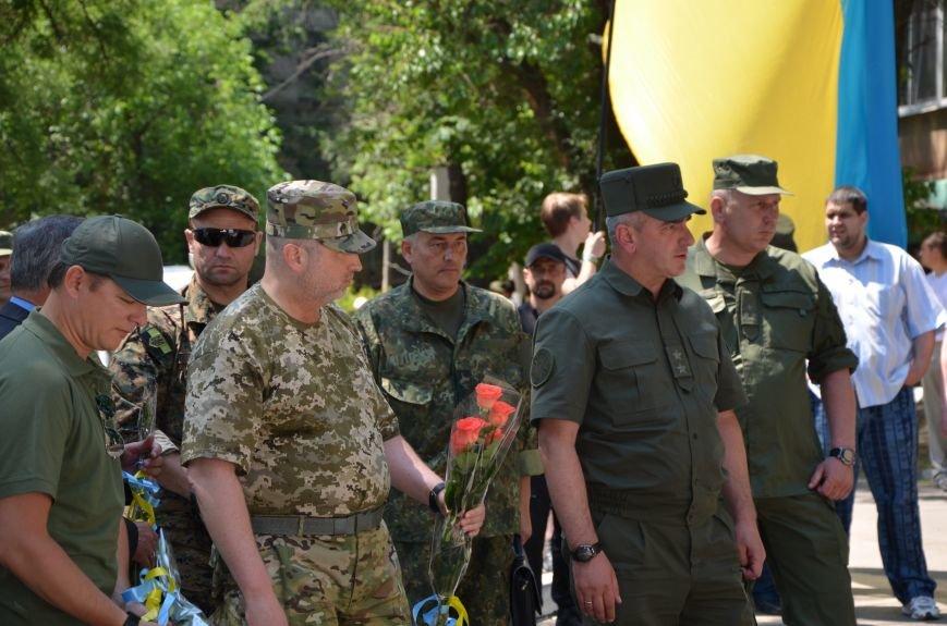 В Мариуполе открыли памятник героям, защитившим воинскую часть №3057 весной 2014-го (ФОТО), фото-7