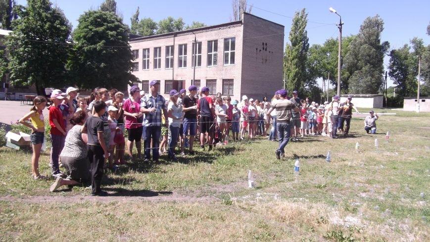 «Нести добро – значит, нести мир»: церкви Красноармейска организовали детский христианский лагерь (фото) - фото 3