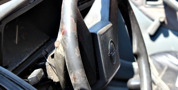 На Буковині внаслідок ДТП двоє людей були важко травмовані, фото-1