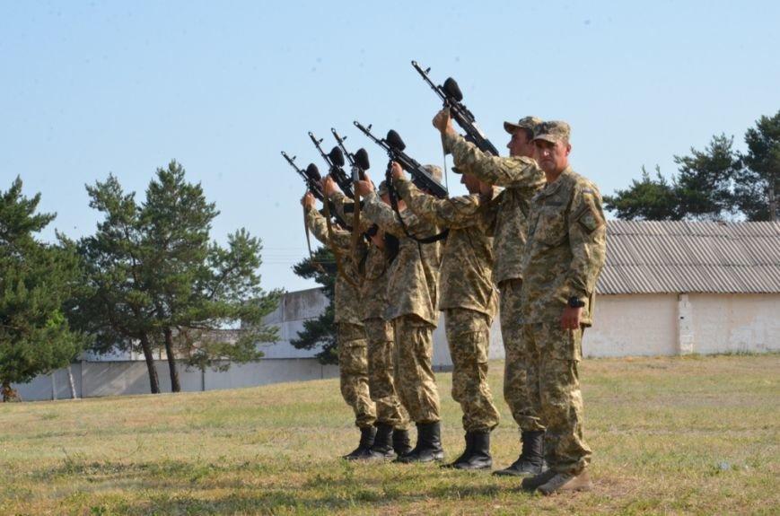 На Днепропетровщине почтили память десантников, погибших в самолете Ил-76 (фото) - фото 6