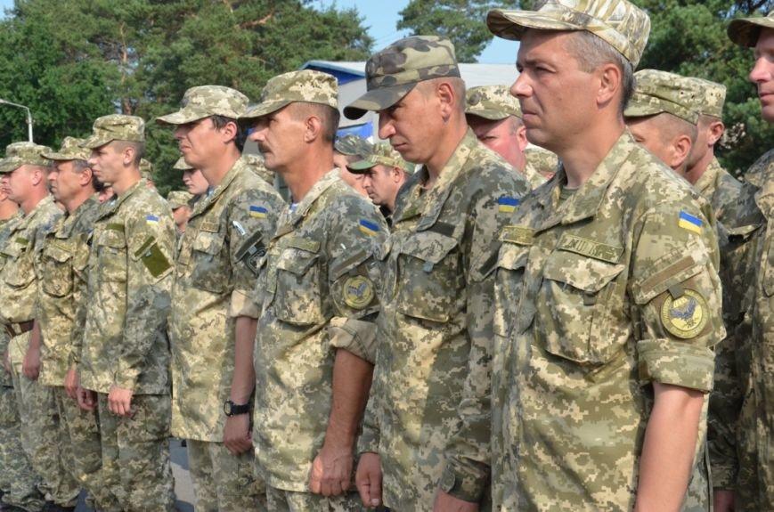 На Днепропетровщине почтили память десантников, погибших в самолете Ил-76 (фото) - фото 4