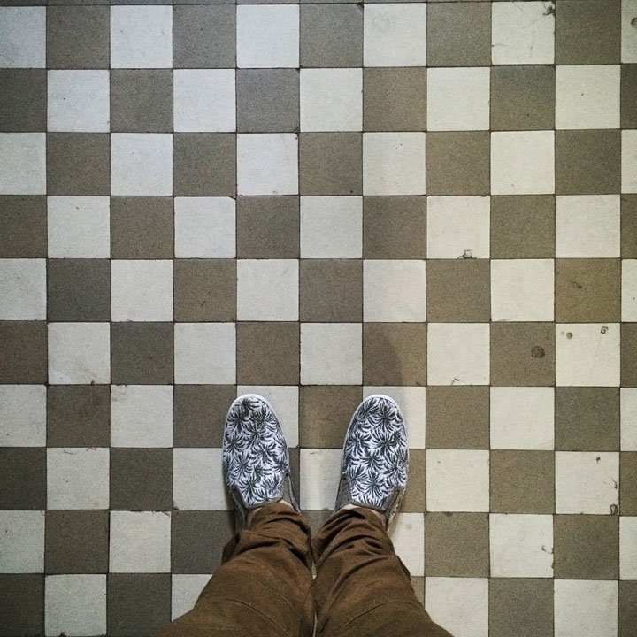 Чернівецький фотограф зібрав колекцію фото старих під'їздів, фото-7