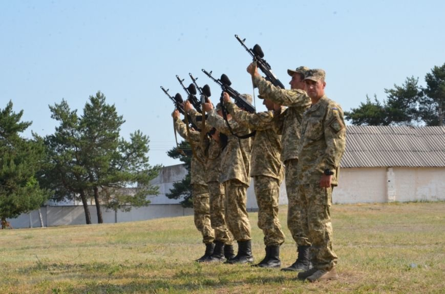 На Днепропетровщине почтили память погибших в самолете ИЛ-76 (ФОТО) (фото) - фото 1
