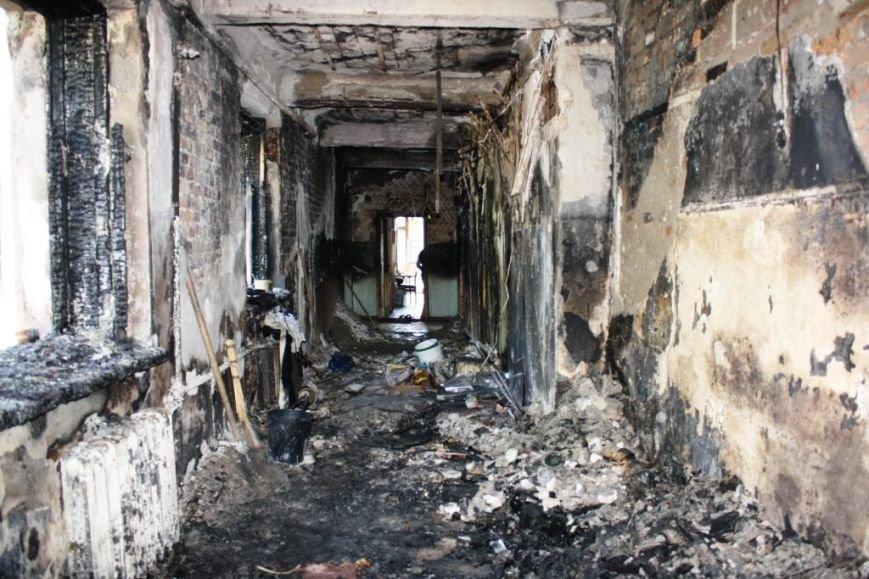 В центре Запорожья на масштабном пожаре спасатели эвакуировали 21 человека (ФОТО), фото-2