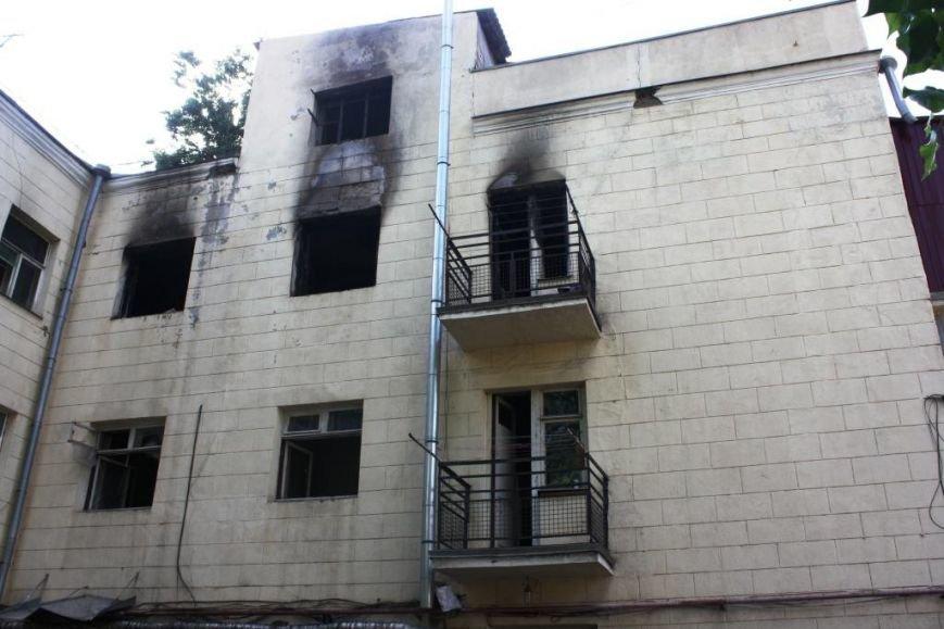 В центре Запорожья на масштабном пожаре спасатели эвакуировали 21 человека (ФОТО), фото-6