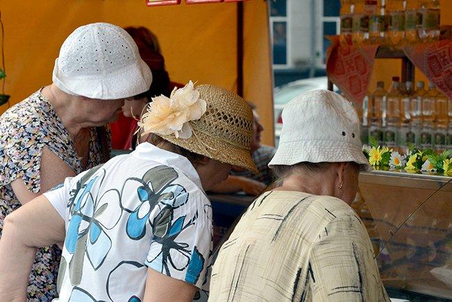 Фотофакт. Гомельская торговля пытается утереть нос любителям черниговских базаров (фото) - фото 8