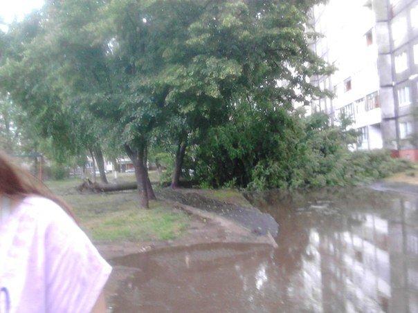 Фотофакт: в воскресенье Гомель «накрыло» дождем → http://odsgomel.org/rus/news/gomel/57315/ (фото) - фото 16