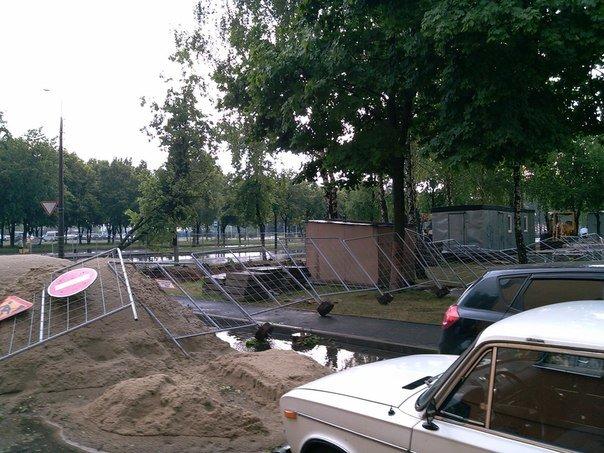 Фотофакт: в воскресенье Гомель «накрыло» дождем → http://odsgomel.org/rus/news/gomel/57315/ (фото) - фото 41