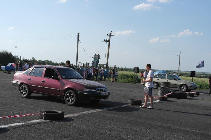 Жажда скорости: в Красноармейске прошли соревнования по дрэг-рейсингу, фото-1