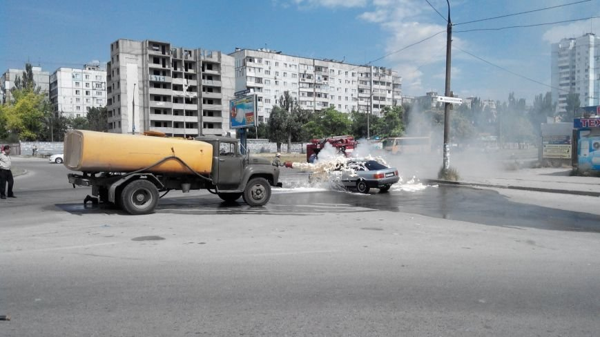 15 июня: Розыск пропавшей студентки, масштабный пожар и спекуляции мошенников на поисках убитого ребенка (ФОТО), фото-4