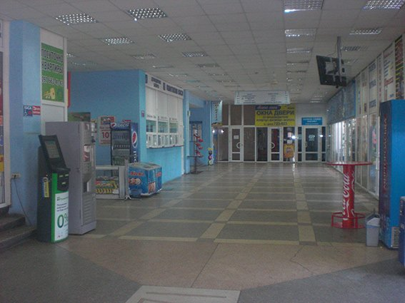 Милиция ищет взрывчатку на автовокзале Николаева (ФОТО) (фото) - фото 2