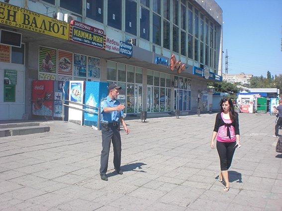 Милиция ищет взрывчатку на автовокзале Николаева (ФОТО) (фото) - фото 1