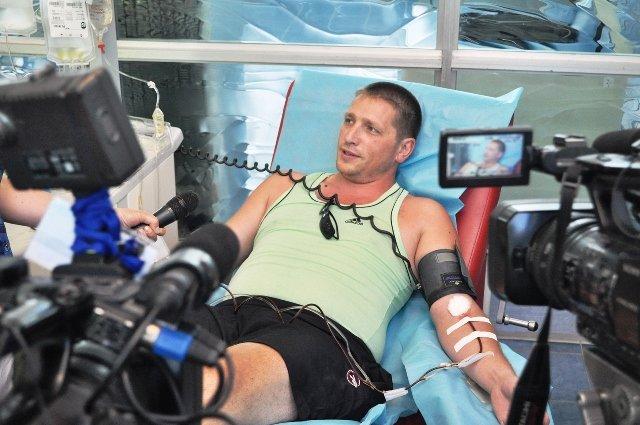 В Днепропетровской области для воинов АТО сдали почти 3 тысячи литров крови, фото-2