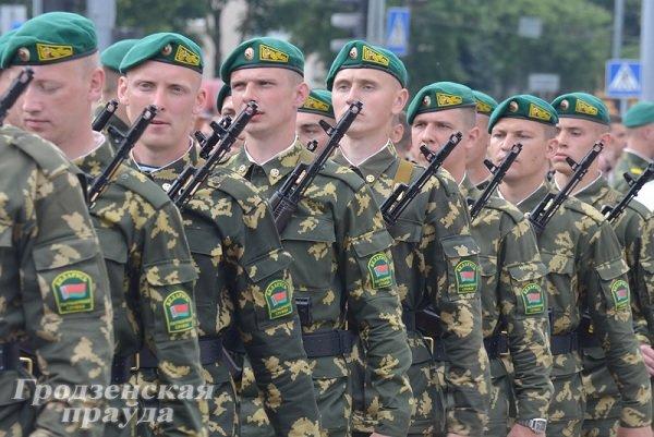 Фотофакт: В Гродно новобранцы-пограничники приняли военную присягу (фото) - фото 1