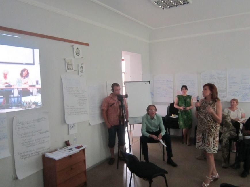 Работники СМИ Донбасса рассказали мировому сообществу о проблемах журналистики в условиях военного конфликта (фото) - фото 1