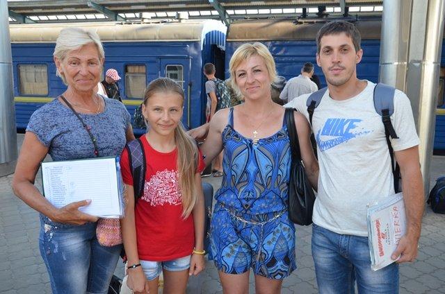 С отдыха в Хорватии на Днепропетровщину вернулись 127 детей переселенцев и участников АТО, фото-3