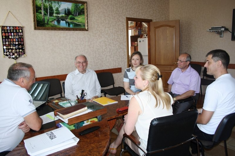 Представники європейського проекту ознайомилися з досвідом благодійної організації «Світло надії» (фото) - фото 1