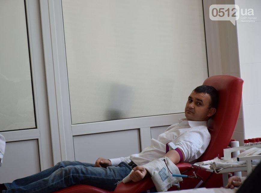 Лидер николаевской оппозиции повел власть на станцию переливания крови (ФОТО) (фото) - фото 6