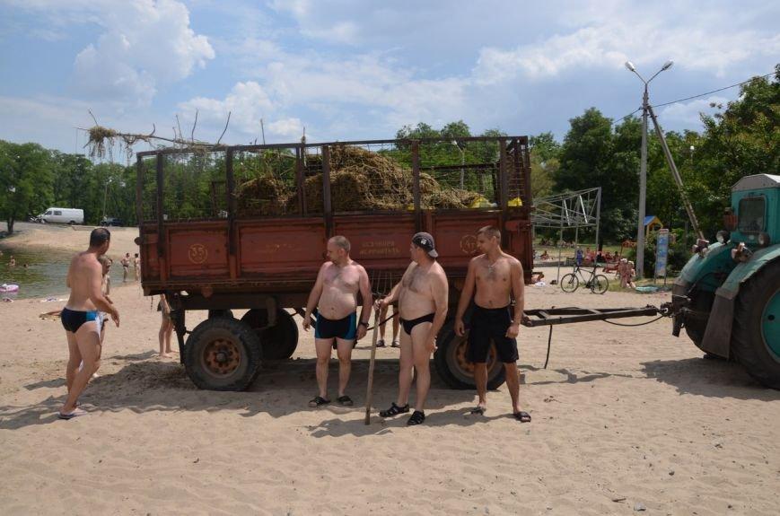 Криворожские активисты очистили дно реки и прибрежную зону на пляже в Терновском районе (ФОТО) (фото) - фото 3