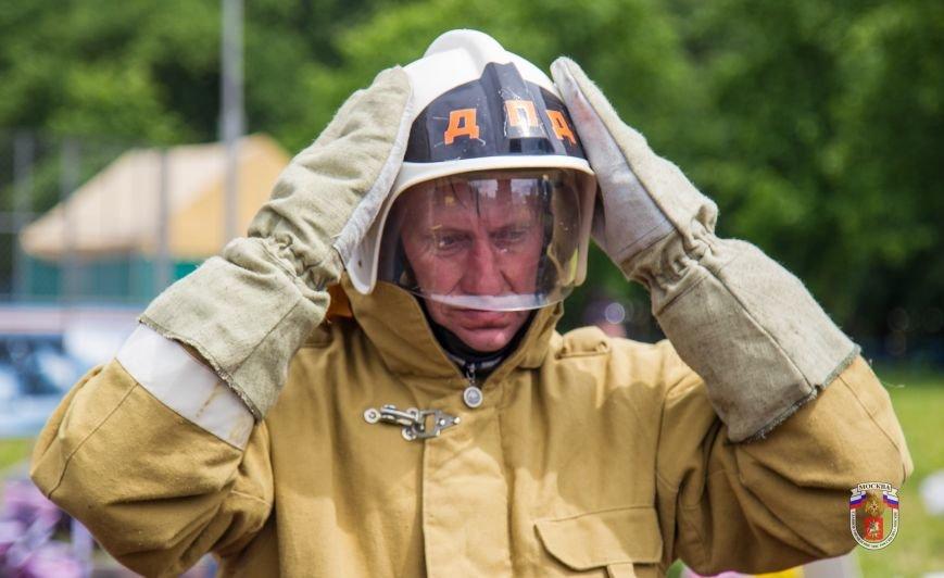 Добровольная пожарная дружина ТиНАО заняла четвертое место в Чемпионате Москвы по пожарно-прикладному спорту (фото) - фото 2