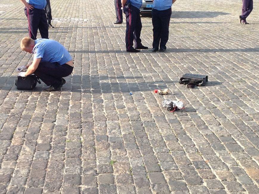 Что нашли вызрывотехники в сумке на площади Свободы: подробности (ФОТОФАКТ), фото-6