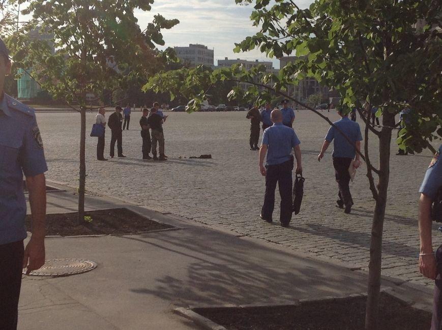 Что нашли вызрывотехники в сумке на площади Свободы: подробности (ФОТОФАКТ), фото-2