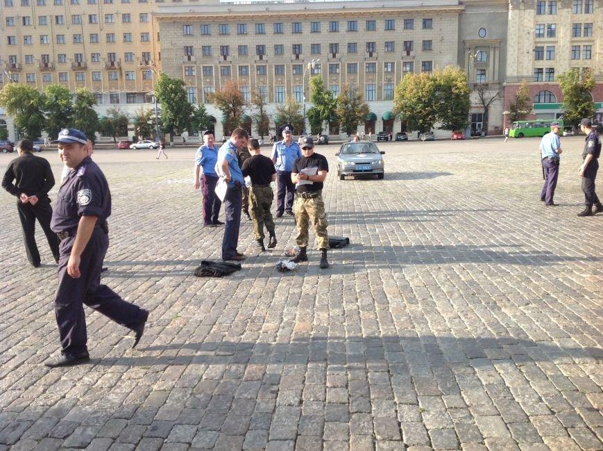 Что нашли вызрывотехники в сумке на площади Свободы: подробности (ФОТОФАКТ), фото-3