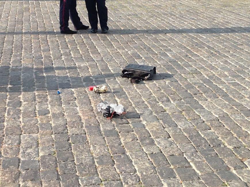 Что нашли вызрывотехники в сумке на площади Свободы: подробности (ФОТОФАКТ), фото-7