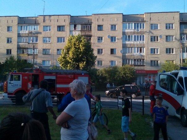 У Львові під час руху загорівся автобус (ФОТО) (фото) - фото 1