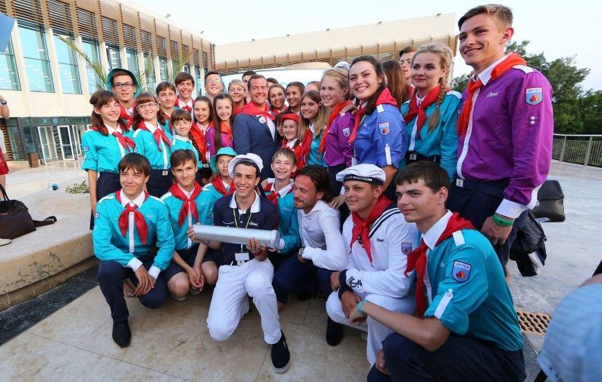 Медведева посвятили в почетные артековцы (ФОТО, ВИДЕО) (фото) - фото 4