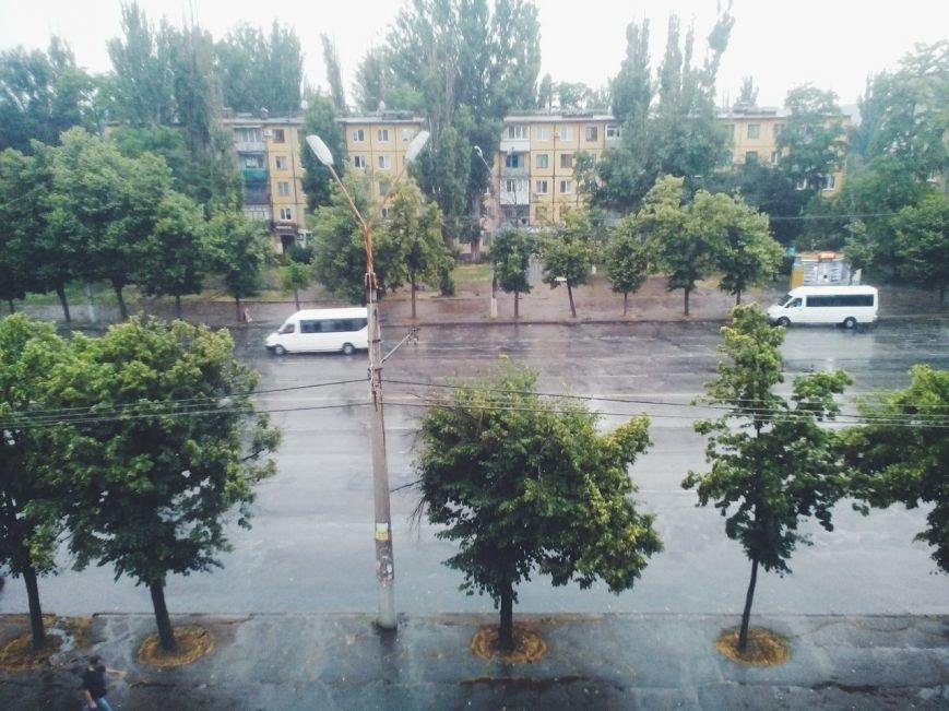 После изнуряющей жары Кривбасс накрыло полосой ливня (ФОТО) (фото) - фото 4