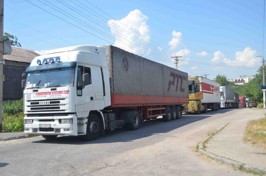 В Запорожье доставили сотни тонн гуманитарного груза из Европы (ФОТОРЕПОРТАЖ), фото-3