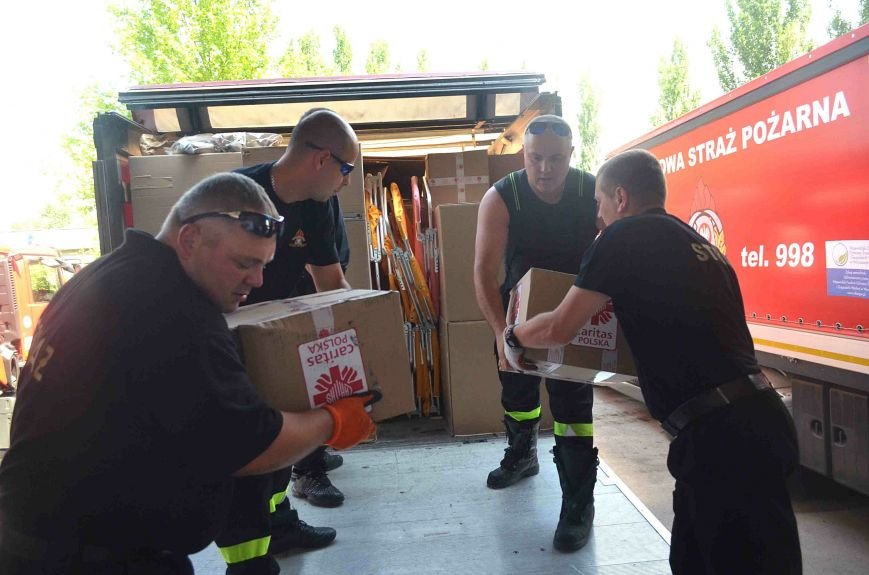 В Запорожье доставили сотни тонн гуманитарного груза из Европы (ФОТОРЕПОРТАЖ), фото-5