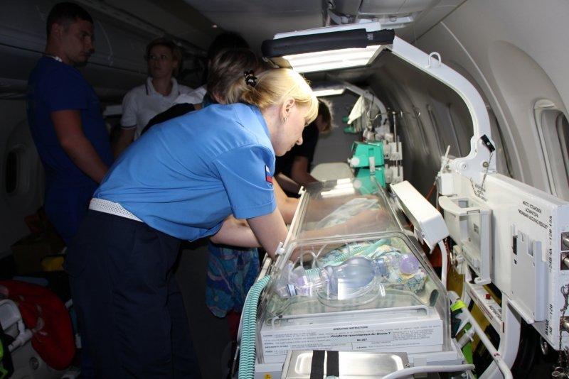 Пятерых тяжелобольных крымчан, в том числе двух малышей, доставили спецбортом в ведущие клиники России (ФОТО), фото-7