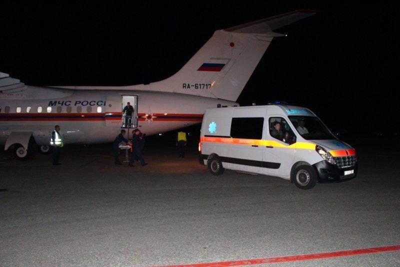 Пятерых тяжелобольных крымчан, в том числе двух малышей, доставили спецбортом в ведущие клиники России (ФОТО), фото-2