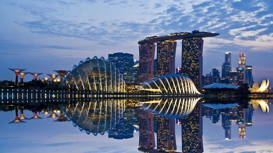 singapur-al-anochecer