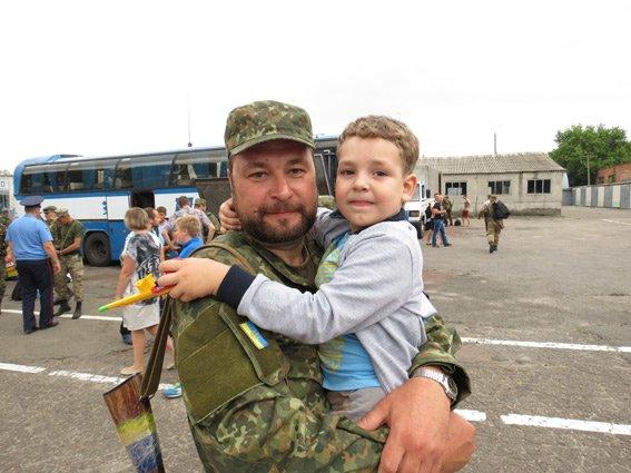 В Сумы из зоны АТО в отпуск прибыли правоохранители (ФОТО) (фото) - фото 1