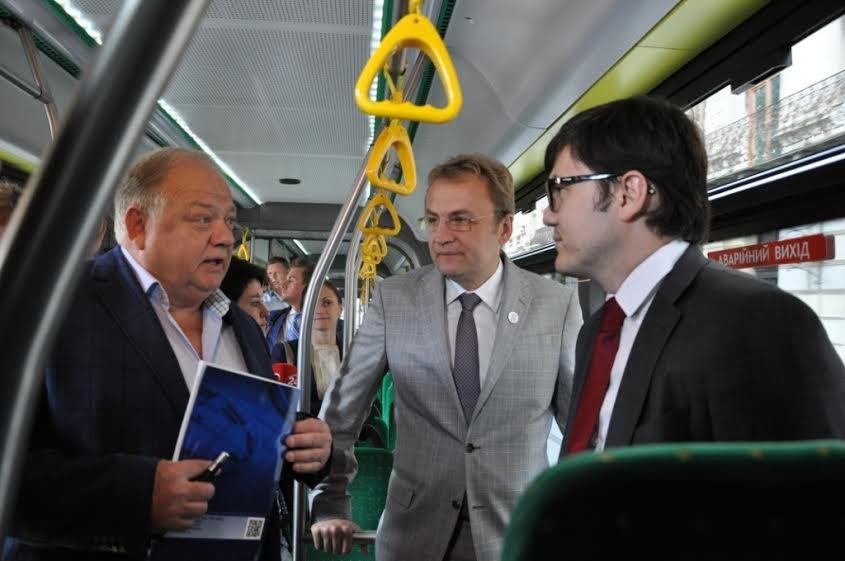 У Львові перебуває з робочим візитом Міністр інфраструктури України (ФОТО) (фото) - фото 2